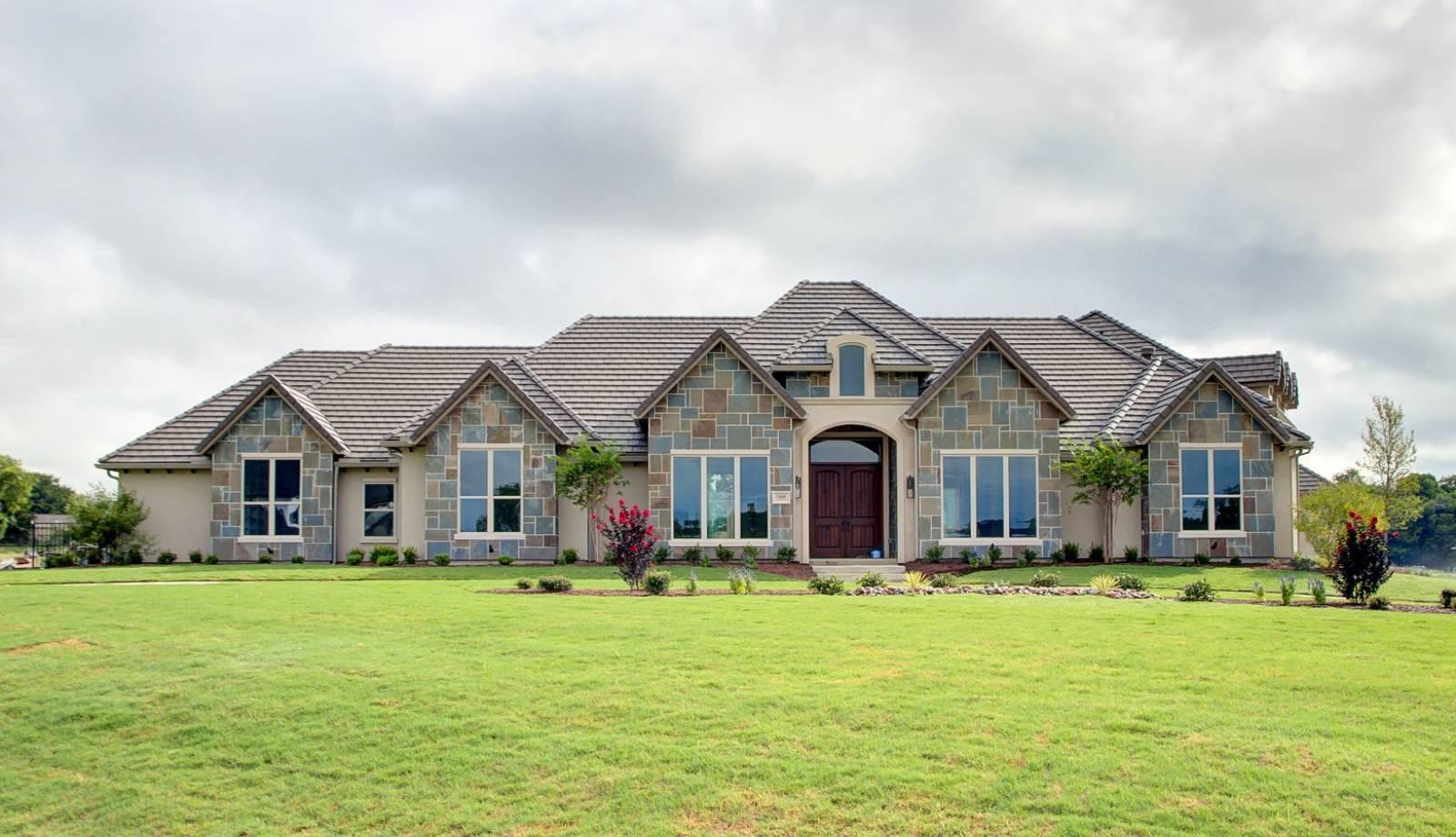 Dave R. Williams Homes   Custom Home Builder